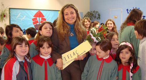 Susana Roberts visiting Escuela del Sol